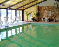 Hiawatha Manor West at Lake Tansi from $35