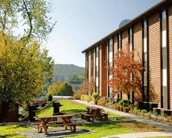 Oakmont Resort from $59