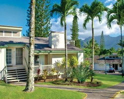 Makai Club Cottages from $150